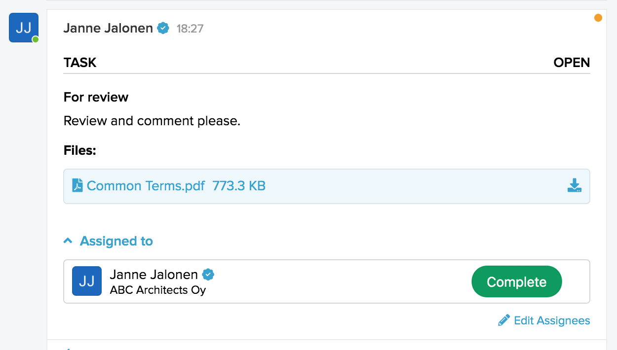 Activated inline reply bar for a message